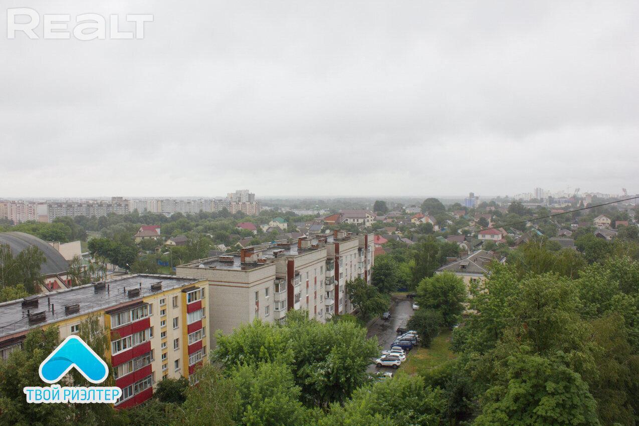 Продажа 2-х комнатной квартиры в г. Гомеле, ул. Кожара, дом 1 (р-н Старый аэродром). Цена 68 634 руб c торгом