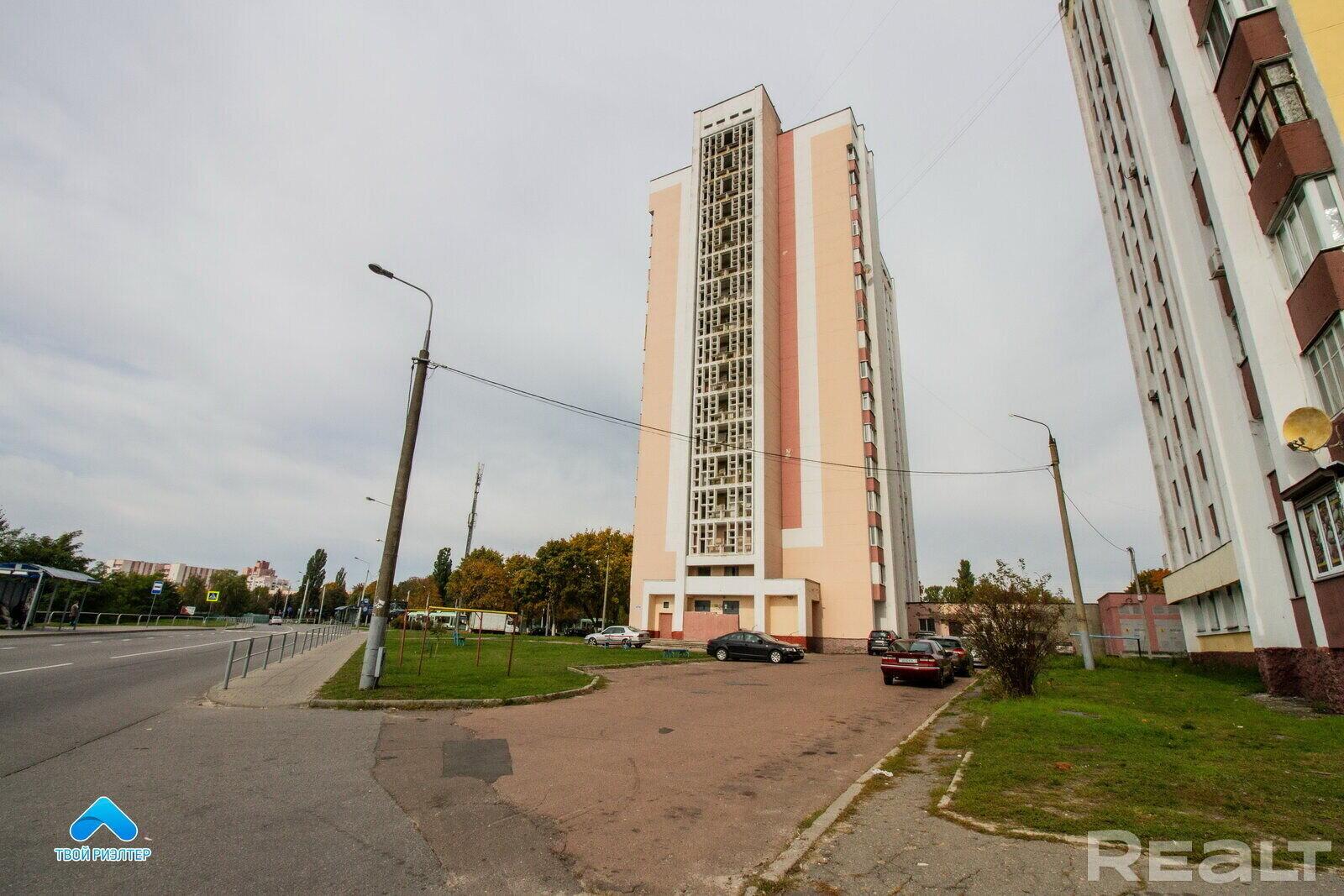 Продажа 1 комнатной квартиры в г. Гомеле, просп. Октября, дом 95 (р-н Фестивальный). Цена 46 168 руб