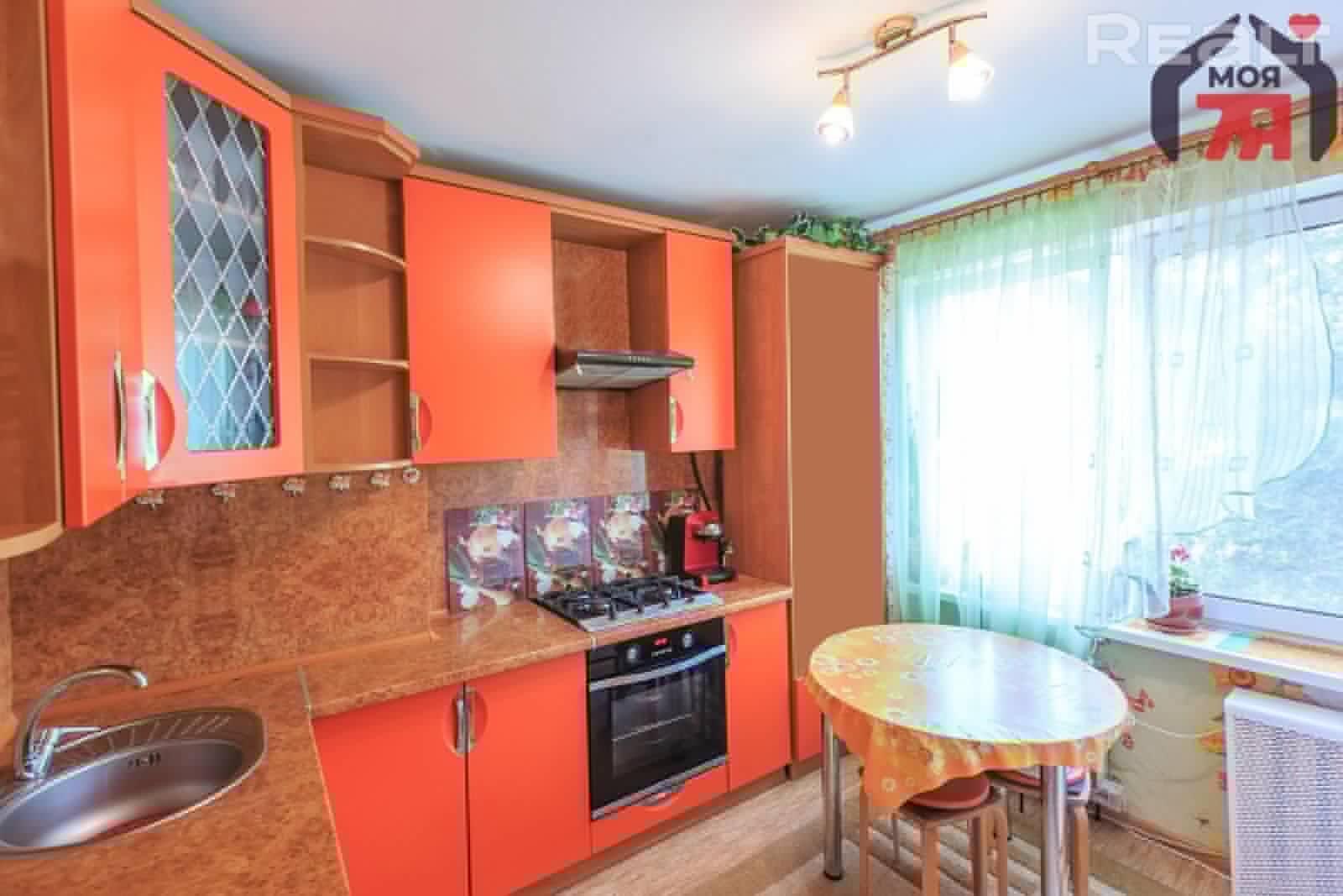 Просторная 2-комнатная квартира около станции метро Уручье