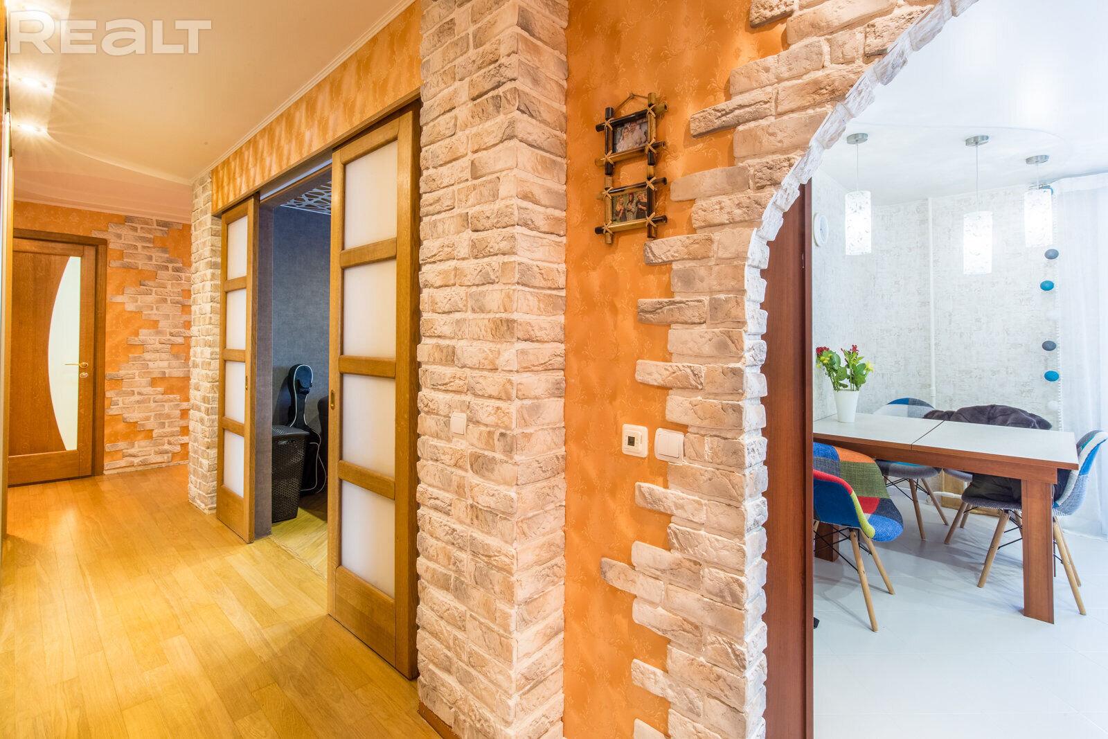 Продаётся 3-х комнатная квартира ул. Скрипникова, д. 34