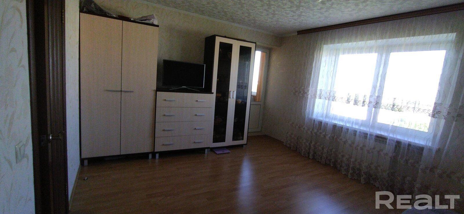 Двухкомнатная квартира в кирпичном доме с хорошим ремонтом в Шабанах