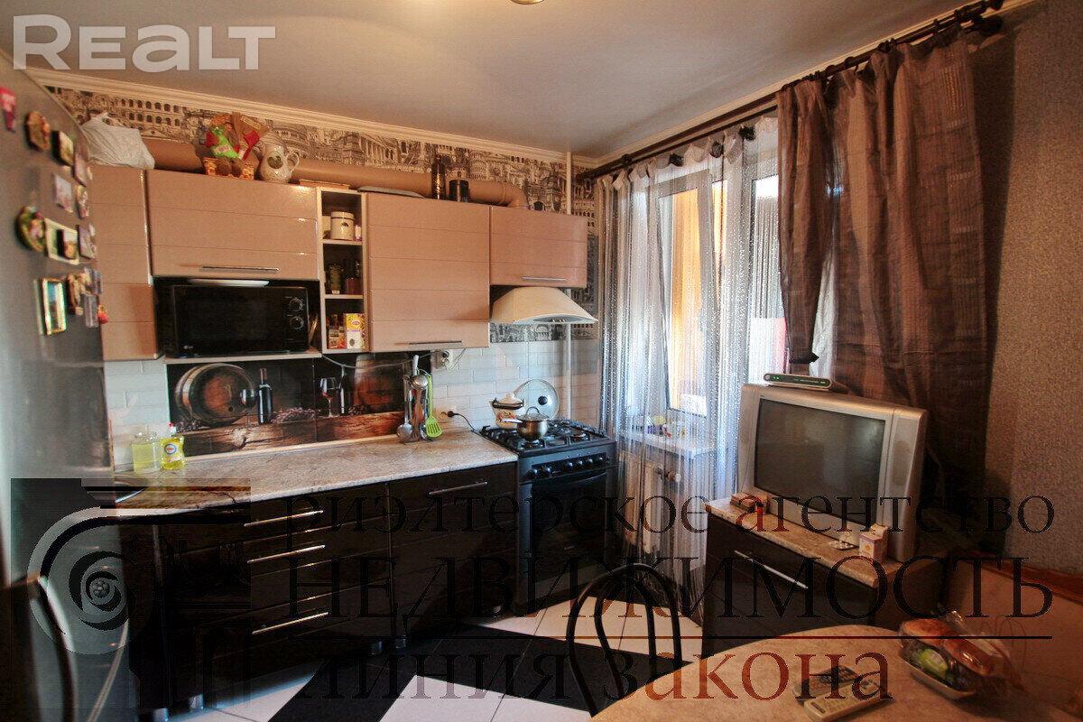Продажа 2-х комнатной квартиры в г. Гомеле, ул. Мазурова, дом 117-Б (р-н Мельников луг). Цена 106 752 руб