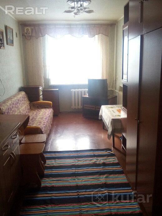 Продается комната в 5-и комнатной квартире, Орша