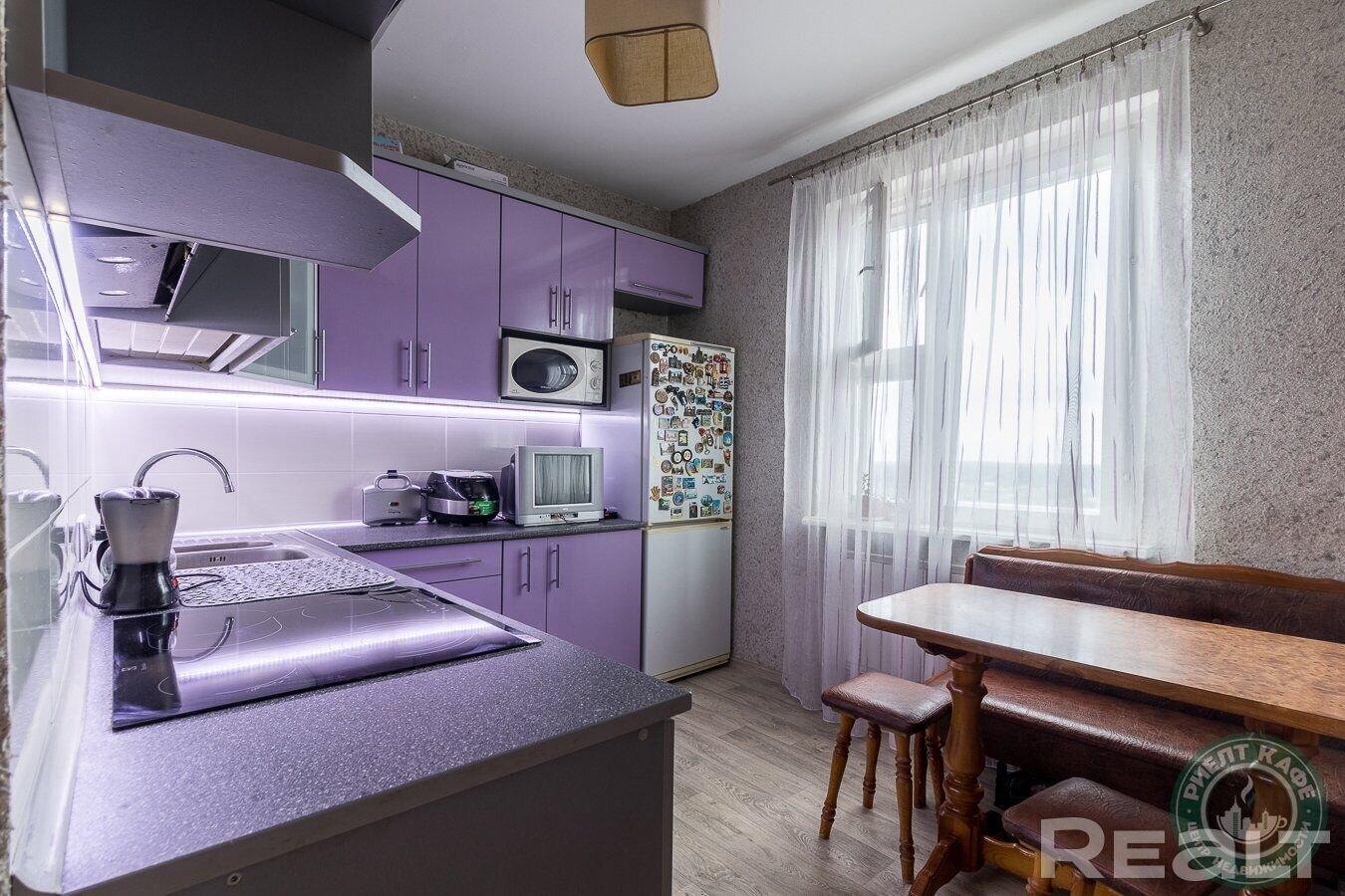 2-комнатная квартира с прекрасным панорамным видом недалеко от метро Уручье!