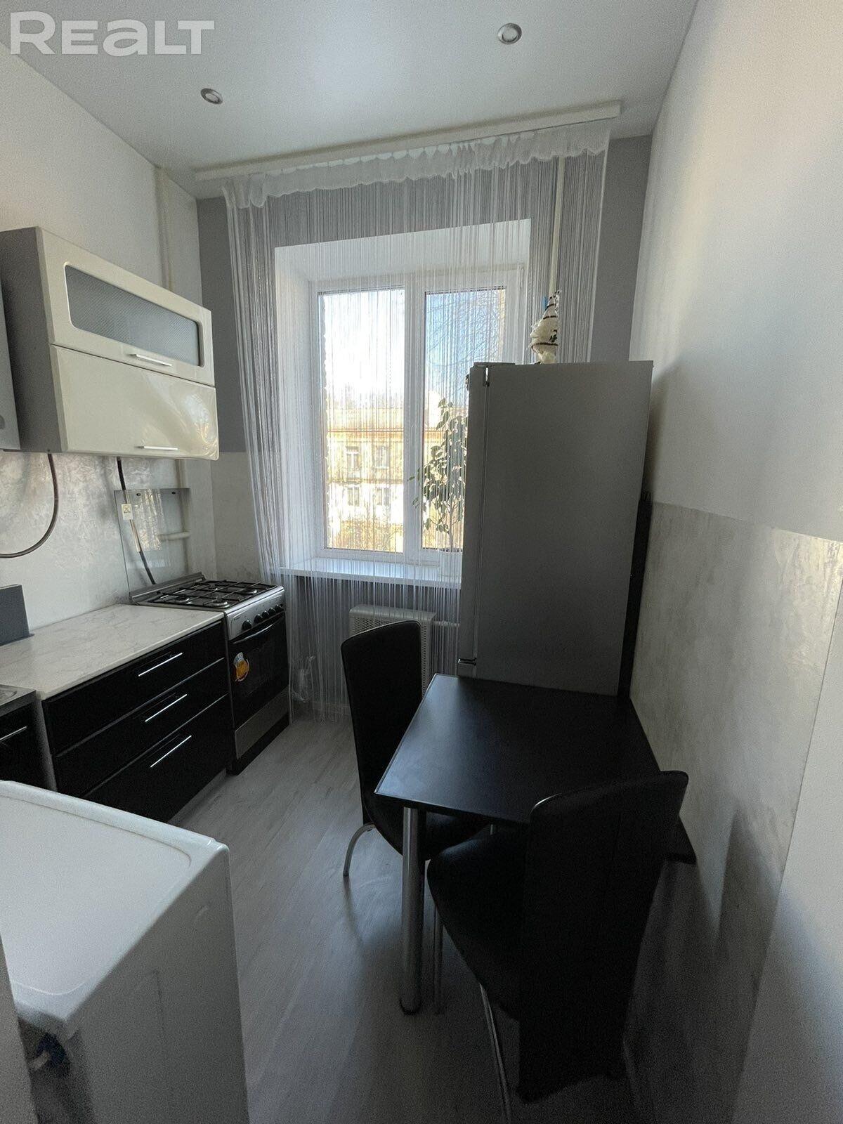Продажа 1 комнатной квартиры в г. Минске, ул. Хмелевского, дом 34 (р-н Р.Люксембург, К.Либкнехта). Цена 116 795 руб c торгом