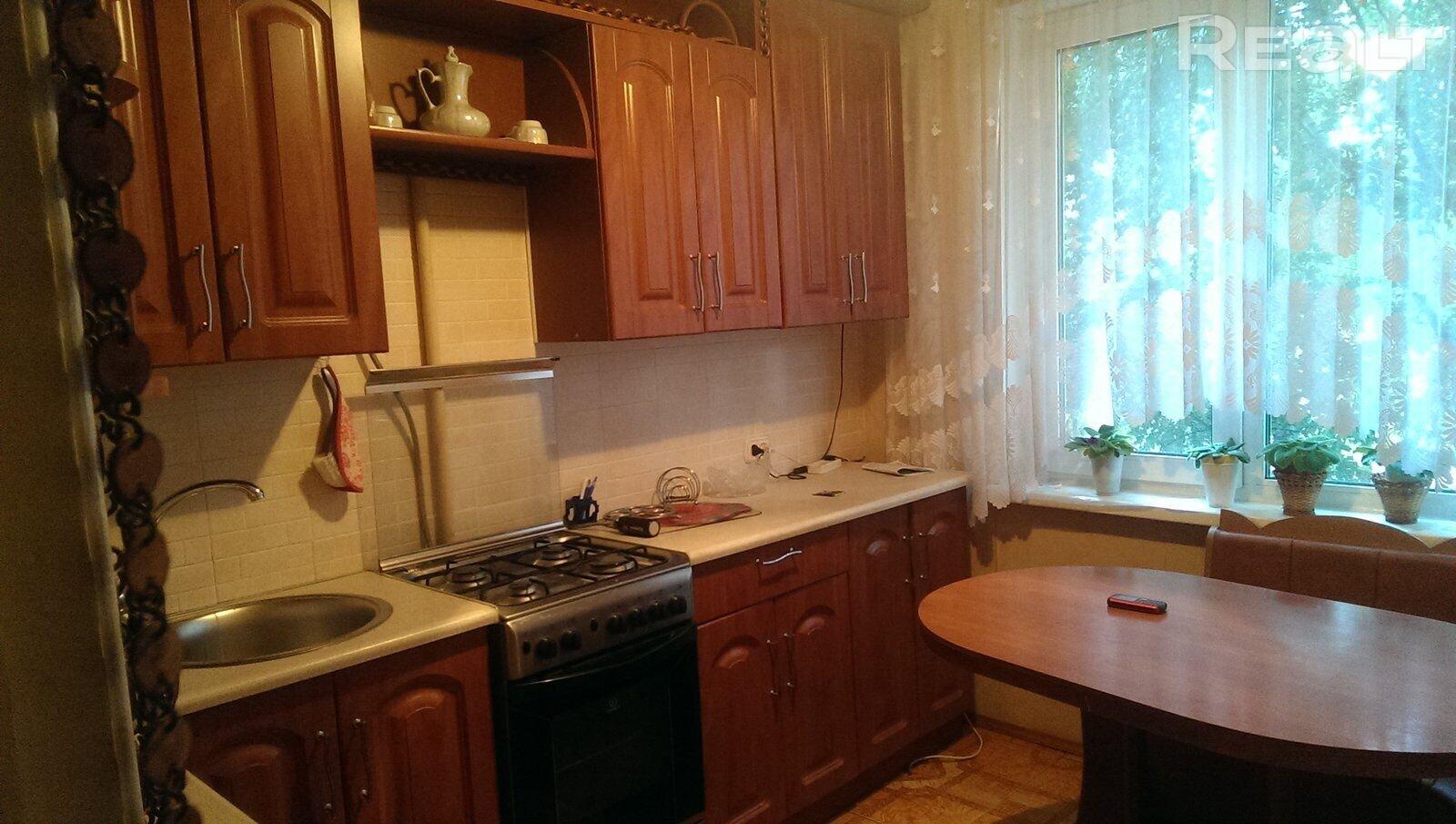 Продажа 2-х комнатной квартиры в г. Гомеле, ул. Свиридова, дом 22 (р-н Волотова). Цена 74 762 руб c торгом