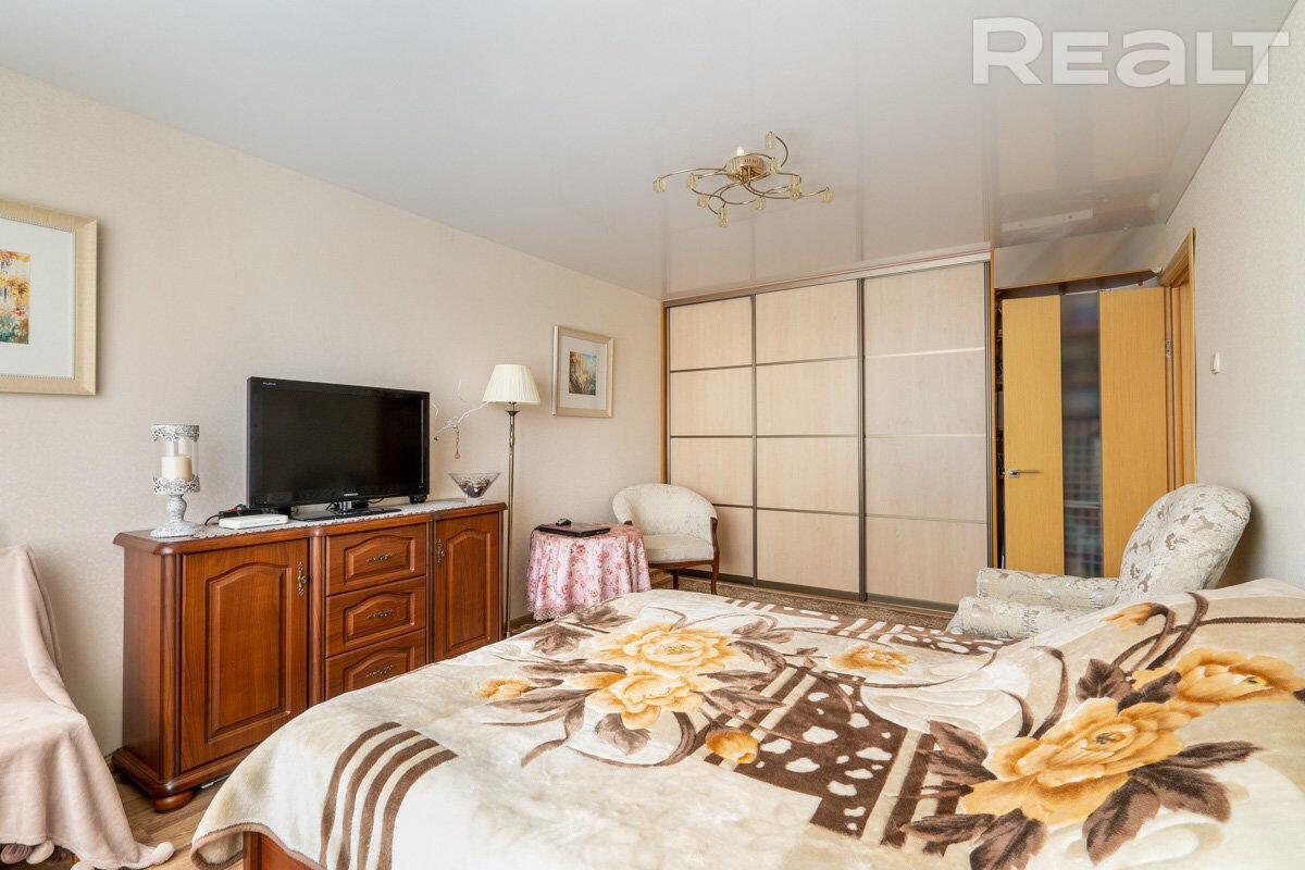 Продажа 1 комнатной квартиры в г. Минске, ул. Охотская, дом 137 (р-н Ангарская). Цена 108 738 руб c торгом