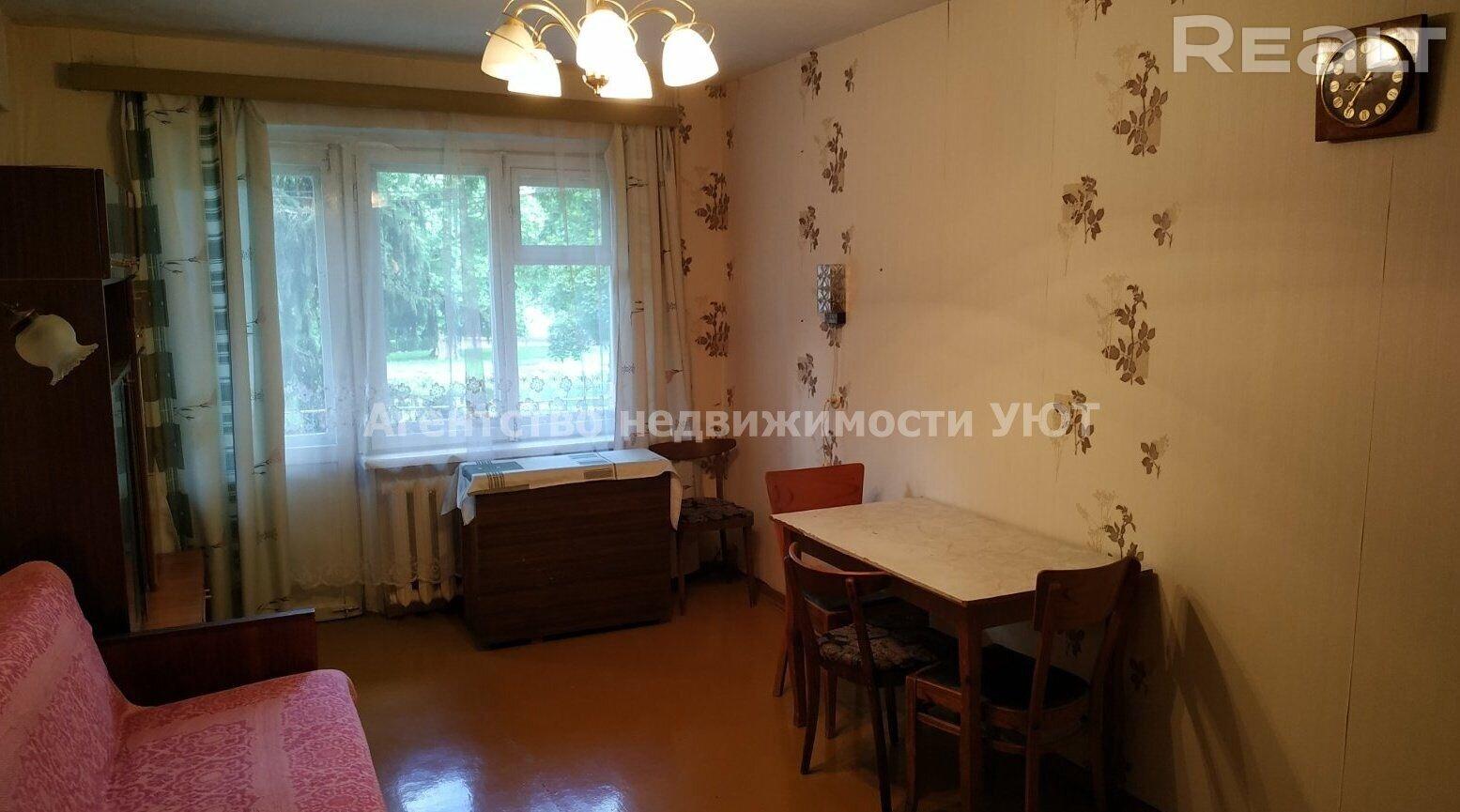Продается 2-комнатная квартира, пр-т Черняховского