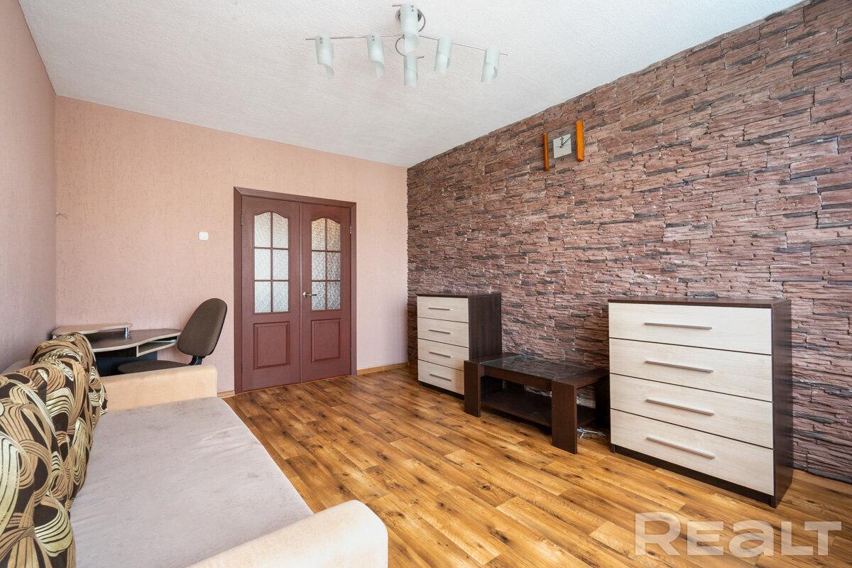 Продажа 3-х комнатной квартиры в г. Минске, ул. Корженевского, дом 8-3 (р-н Курасовщина). Цена 172 457 руб