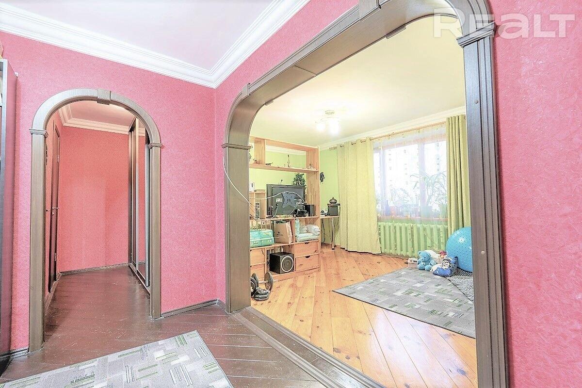 Продажа 1 комнатной квартиры в г. Минске, ул. Скрипникова, дом 32 (р-н Запад, Красный Бор). Цена 148 956 руб
