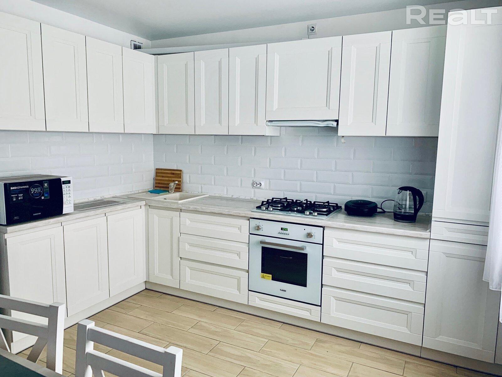 Продажа 2-х комнатной квартиры в г. Гомеле, ул. Мазурова, дом 101-А (р-н Мельников луг). Цена 117 509 руб c торгом