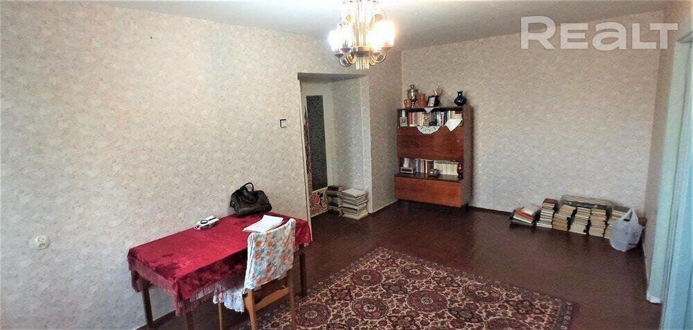 Продажа 4-х комнатной квартиры в г. Гомеле, просп. Октября, дом 69 (р-н Фестивальный). Цена 64 957 руб c торгом