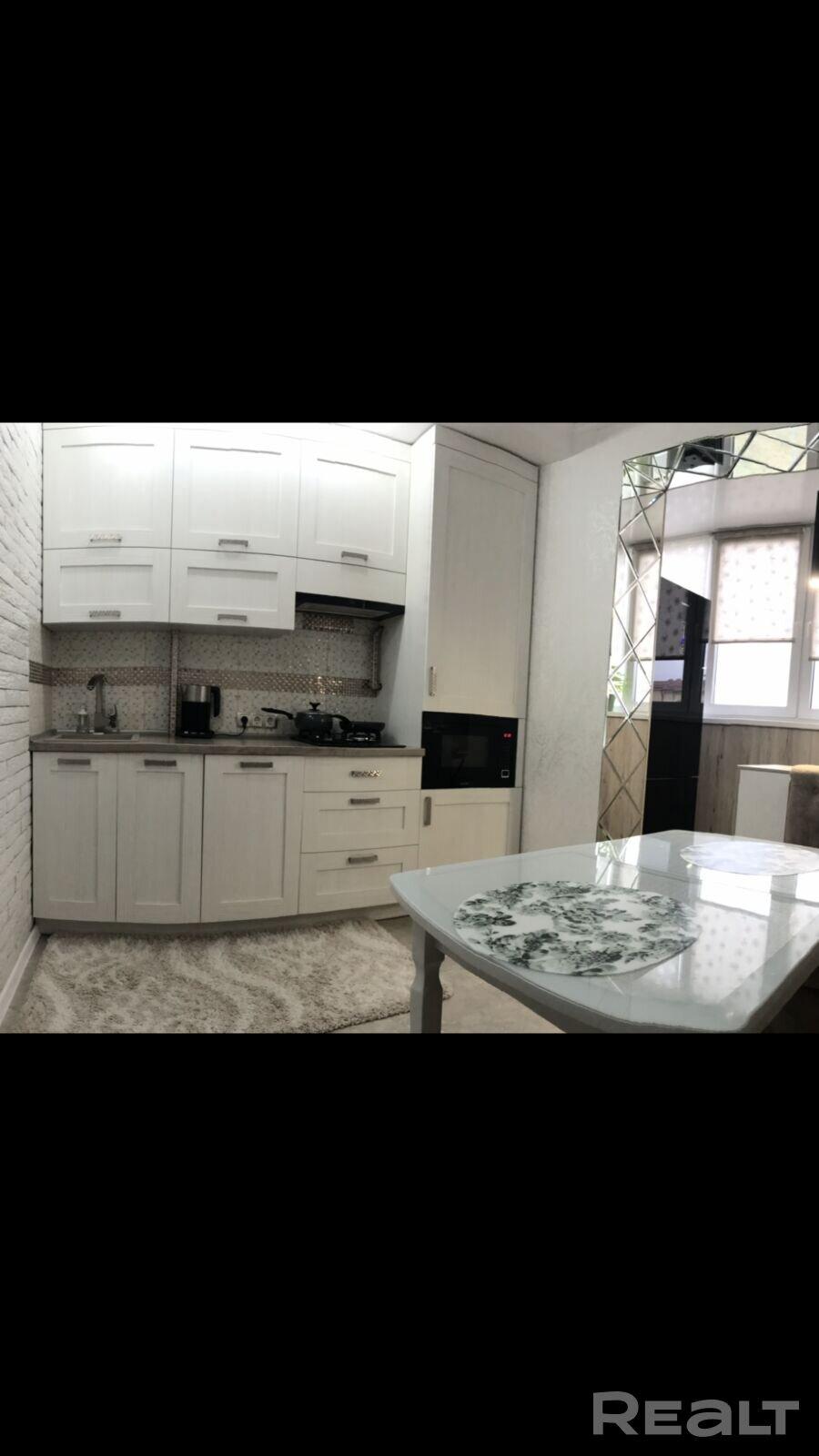 Продажа 2-х комнатной квартиры в п. Ченки