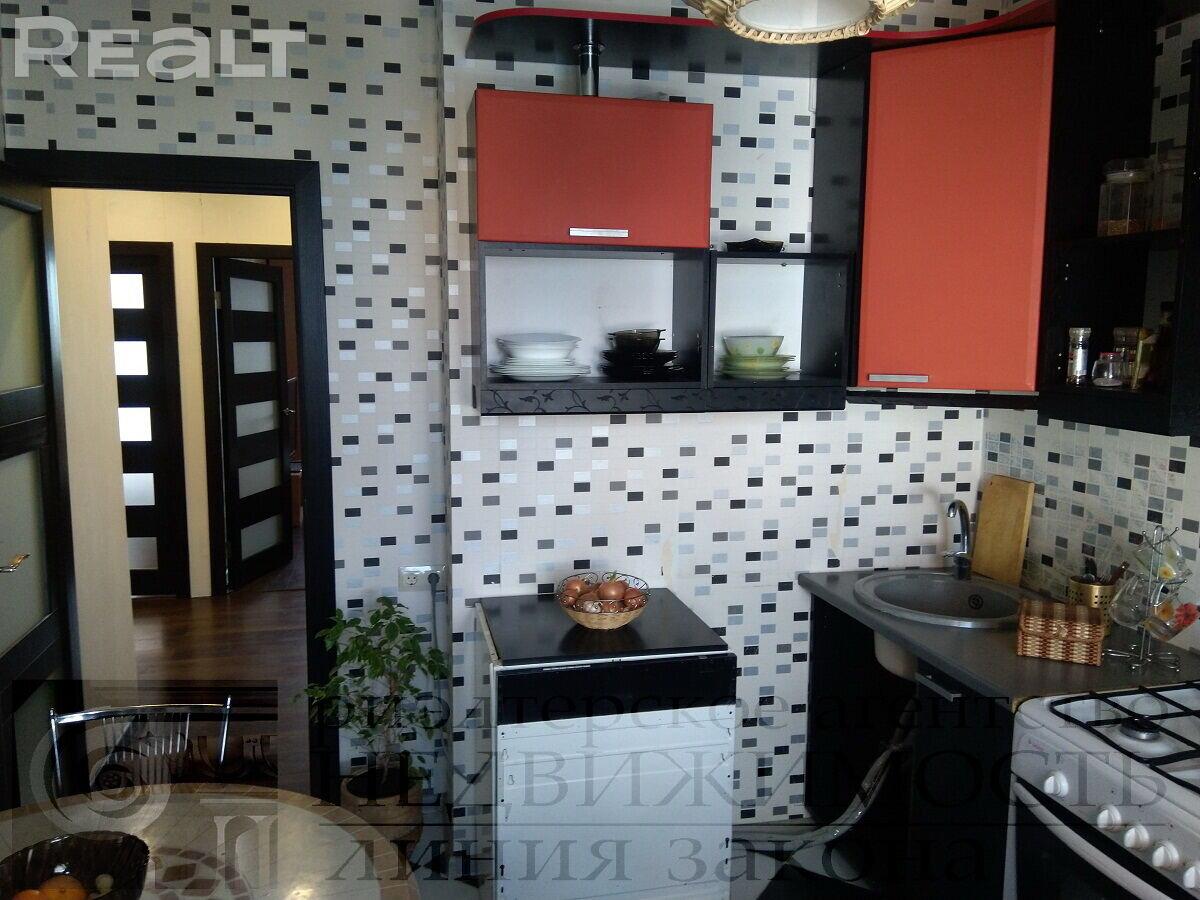 Продажа 2-х комнатной квартиры, г. Гомель, ул. Мазурова, дом 131 (р-н Мельников луг). Цена 95 821 руб c торгом