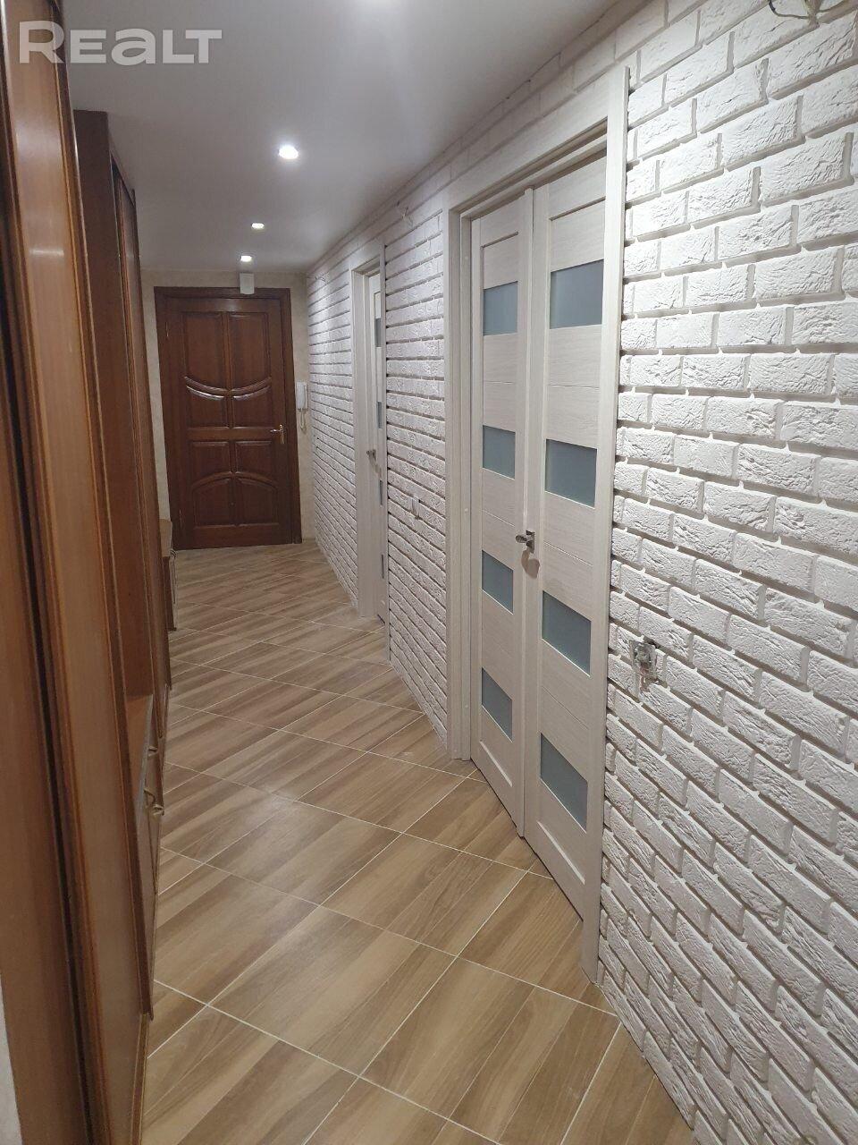 Продажа 3-х комнатной квартиры в г. Минске, ул. Левкова, дом 10 (р-н Воронянского, Могилевская, Чкалова). Цена 216 178 руб