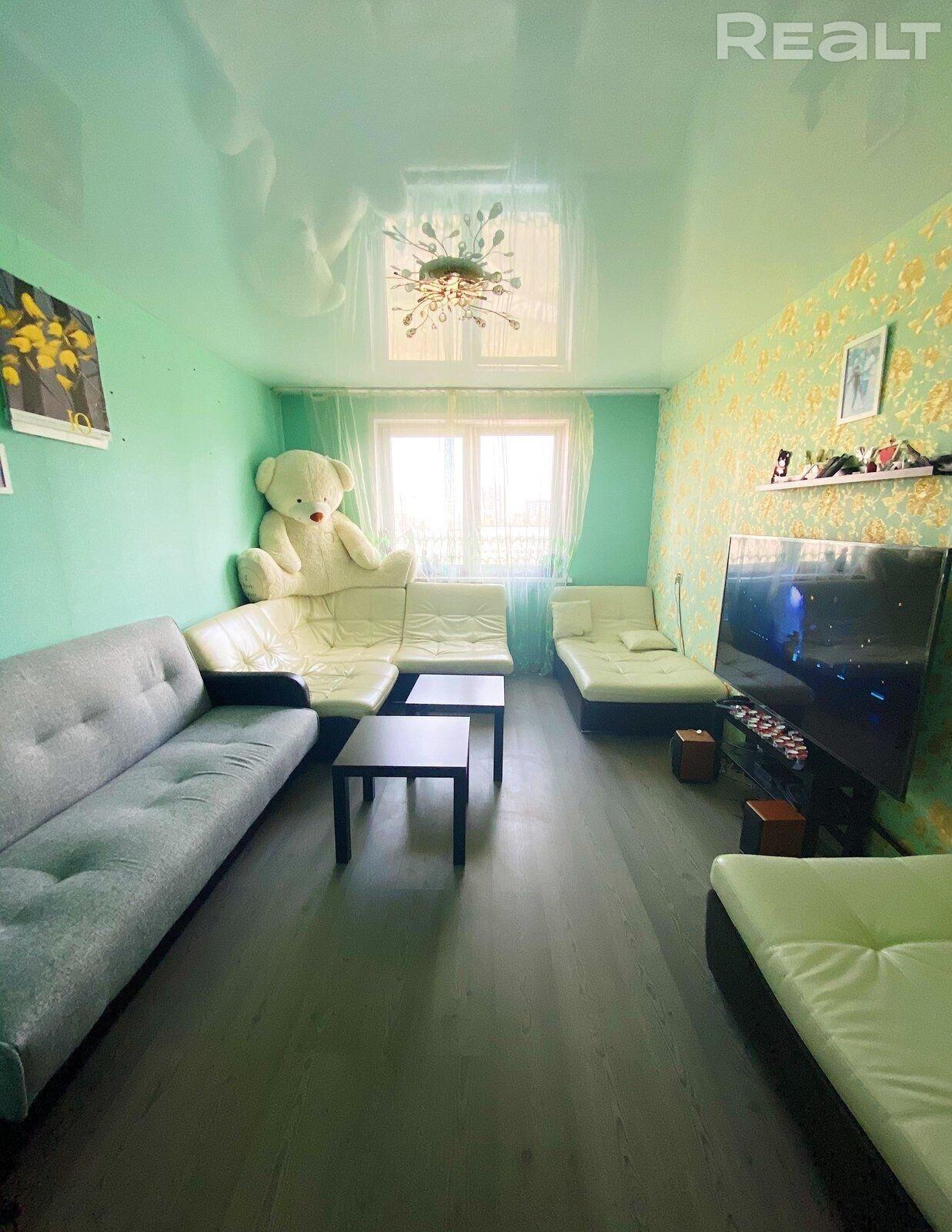 Продается просторная 3-комнатная квартира