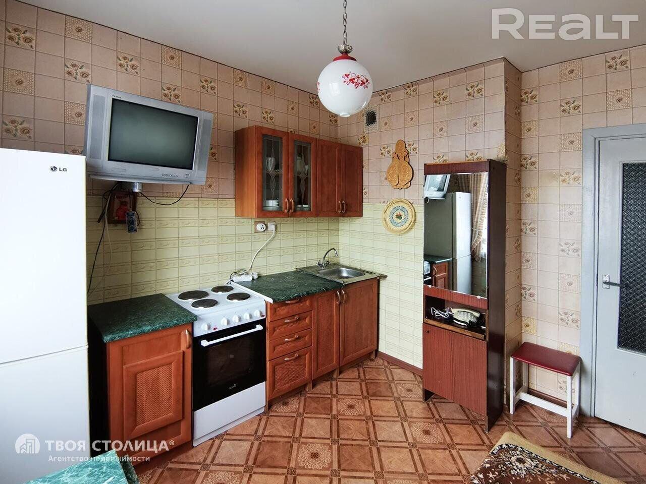 Продажа 2-х комнатной квартиры в г. Минске, ул. Есенина, дом 63 (р-н Малиновка). Цена 152 170 руб