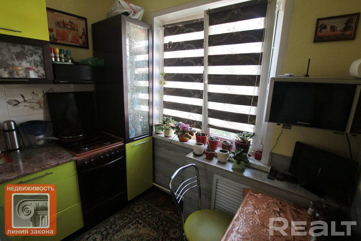 Продажа 1 комнатной квартиры в г. Гомеле, просп. Октября, дом 73 (р-н Фестивальный). Цена 46 493 руб