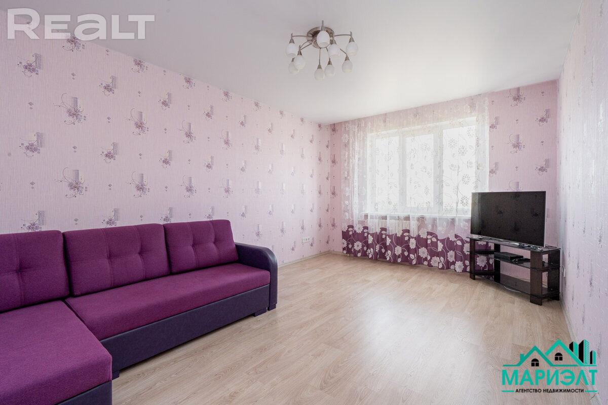 Прекрасный вариант 2-х комнатной квартиры с ремонтом и раздельными комнатами.