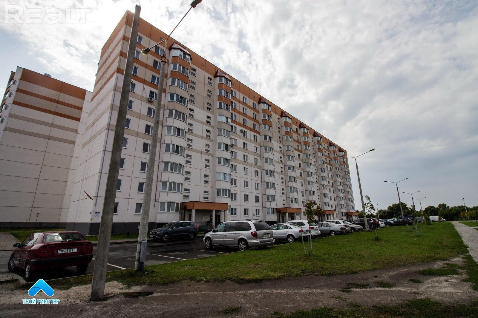 Продажа 2-х комнатной квартиры в г. Гомеле, ул. Денисенко, дом 82 (р-н Шведская горка). Цена 125 601 руб